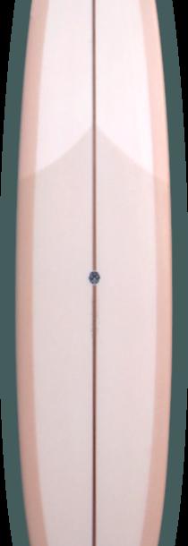 ダイヤモンドテールのシングルフィン。ワイドなヒップを持つピッグ・デザイン。 乗りやすさに追求し現代的なアレンジを加えてある。 ピボットターンからトリム、ノーズライドまでを楽しめる一本。